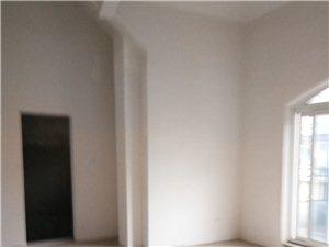 嘉华城5室3厅3卫99.8万元