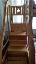 低价出售实木架子床,9成新,3000多买的,现在出售1000元,因换房子,用不着了。