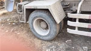 出售水泥罐车