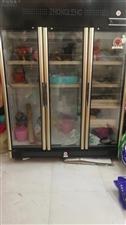三开门大展示冰柜出售,去年11月份买的本来是打算用来保存鲜花的,到现在为止都没有用过当时加上运费是4...