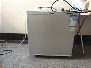 50L海尔冰箱 买来不到一年,因为搬家,新地方有冰箱所以出手 地址九华山风景区,柯村 买来60...