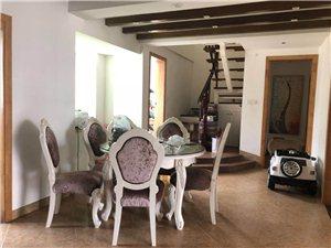 安博南方花园3室2厅3卫177万元