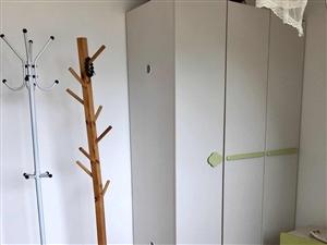 林海风情3室2厅2卫2000元/月
