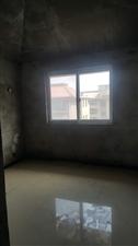 宏基王朝3室2厅2卫92万元