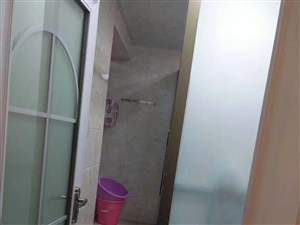 玫瑰湾2室2厅2卫52万元