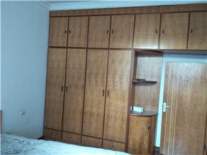 森林公安家属楼3室2厅1卫41.8万元