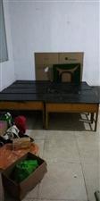 出售学生桌,双人的,可以办辅导班用,价格面议,电话15003297170