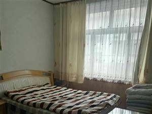 河滨小区2楼80平3室1厅1卫55万元