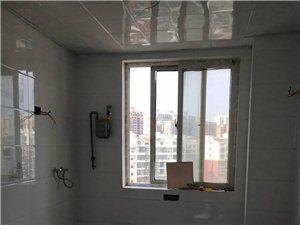 康宁新城4室2厅2卫75万元