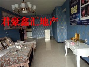 急售万象君汇电梯房6楼精装3室2厅2卫55.8万