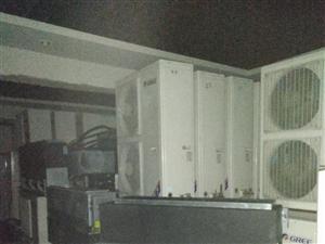 炎热的夏季,让您凉爽的度过,各种二手中央空调,柜机空调,挂壁式空调,应有尽有,欢迎各位前来观摩选购,...
