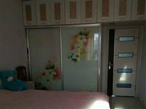 隆吉小区1室1厅1卫13万元