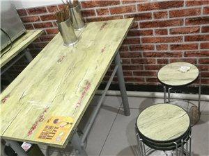 澳门威尼斯人在线娱乐桌子凳子六套!麻辣烫发光字体!给钱就卖~