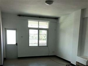 北方�2室1厅1卫64万元