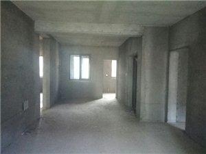 荣御新天地3室2厅2卫76万元