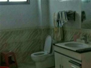 紫江花园3室2厅2卫62.8万元