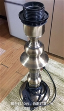 铜台灯需自购灯罩,原价80元/套现价15元/套,9成新,共30套样子。