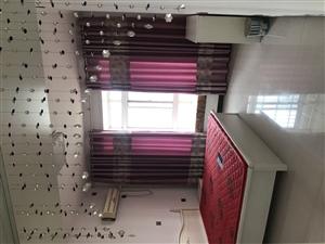 月季新城5室2厅2卫80万元