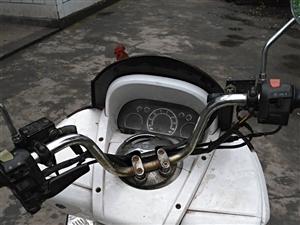 卖一个摩托车,黑户。 巡洋舰望龙150,才换的缸套活塞,空气总虑。难免会有摔痕。价格1000。电话1...