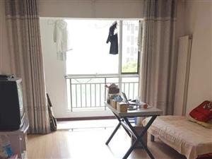 领秀城2室1厅1卫1300元/月