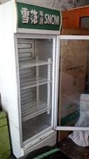 雪花啤酒展示柜,冷藏度没有问题。