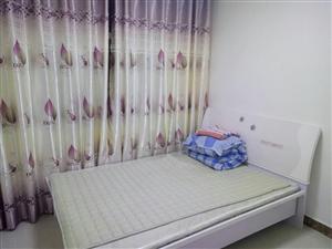 德令哈逸东小区3室2厅1卫1800元/月