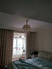 爱丁堡花园3室2厅2卫62万元
