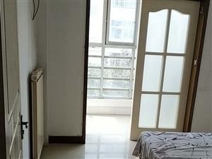 宝平景苑2室1厅1卫1500元/月