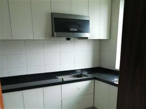 丹阳村5室3厅3卫2500元/月丹阳