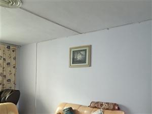北门黔中初中部4室2厅2卫1500元/月