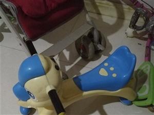手推儿童车,有需要的联系,就是前面有些长霉了,前面一个是送的