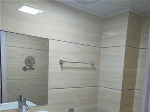 水榭丹堤1室1厅1卫1100元/月