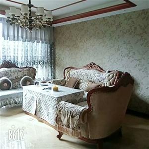 新村小区4室2厅3卫85万元