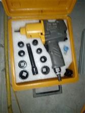 出售二手修车工具  有意者  电话联系 15703056387 微信同号