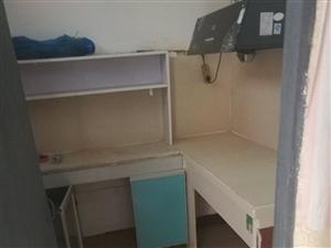 泰安小区附近民房3室670元/月