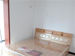 富苑·上城公馆3室2厅1卫800元/月