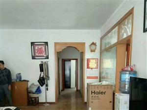 南江花园3室2厅2卫52.8万元