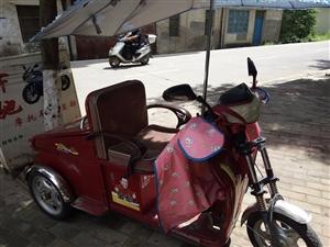 接代儿童电动三轮车才买一年多买3千8百元现一千五电池新的有意者请来电15216151895