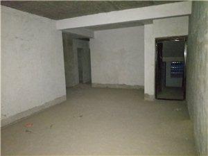 锦绣江南3室2厅2卫30万元