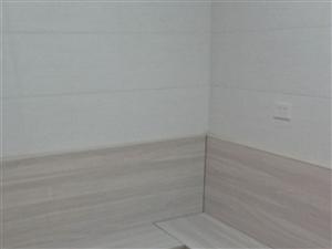 三中小区3室2厅1卫32.8万元