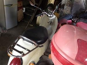 摩托车和电动车都是二手的有意者的朋友可以来电咨询电动车900元摩托车见车打价