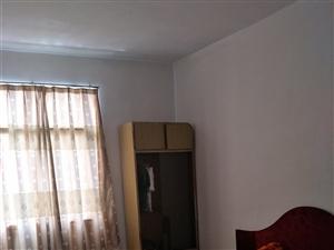 工业局宿舍3室1厅1卫850元/月