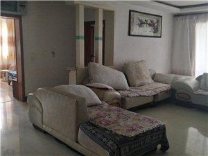 紫江花园3室2厅2卫750元/月