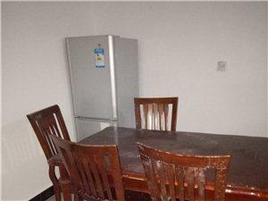 宏业花园3室2厅2卫750元/月