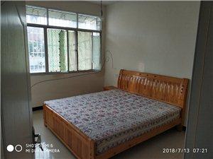 城东小区3室2厅2卫350元/月