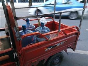 金彭电动三轮车,车身长1.3米小巧,动力十足。适合买菜代步。2017年12月份买的,才几个月。现在2...