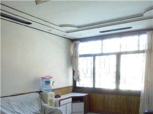 二小附近2室2厅1卫7050元/月