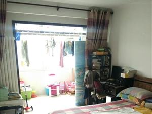 康安小区3室2厅1卫3400元/月