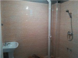 信阳市造纸厂家属院6楼2室2厅1卫700元/月