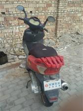 闲置大踏板摩托车出售,看上联系
